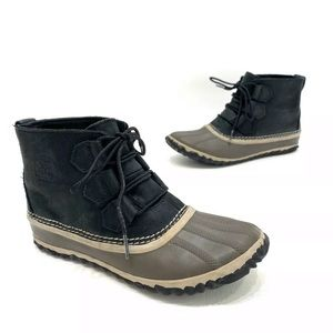 Sorel Out N About Waterproof Ankle Boots Size 6